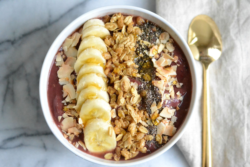 love_and_food_foreva_acai_bowl_featured