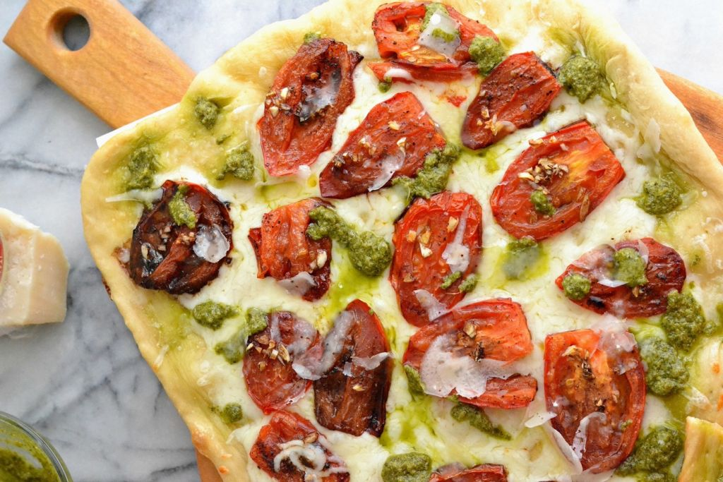 margherita_flatbread_love_and_food_foreva_3